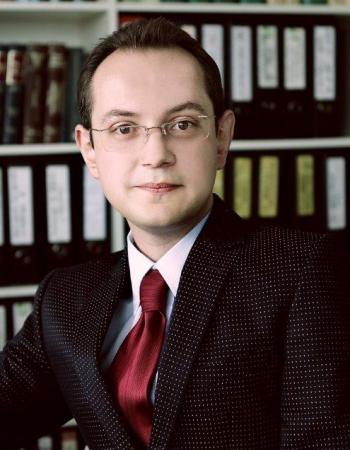 доц. д-р Андрей Александров'